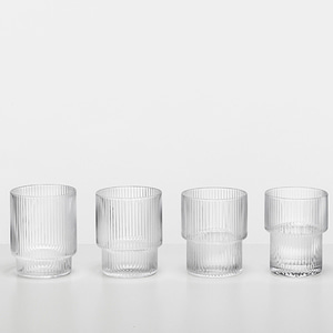 Ferm Living Ripple Glass (Set of 4)플레이츠